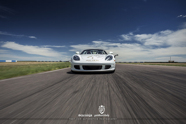 White Carrera GT on a race track par I am Ted7 on Flickr