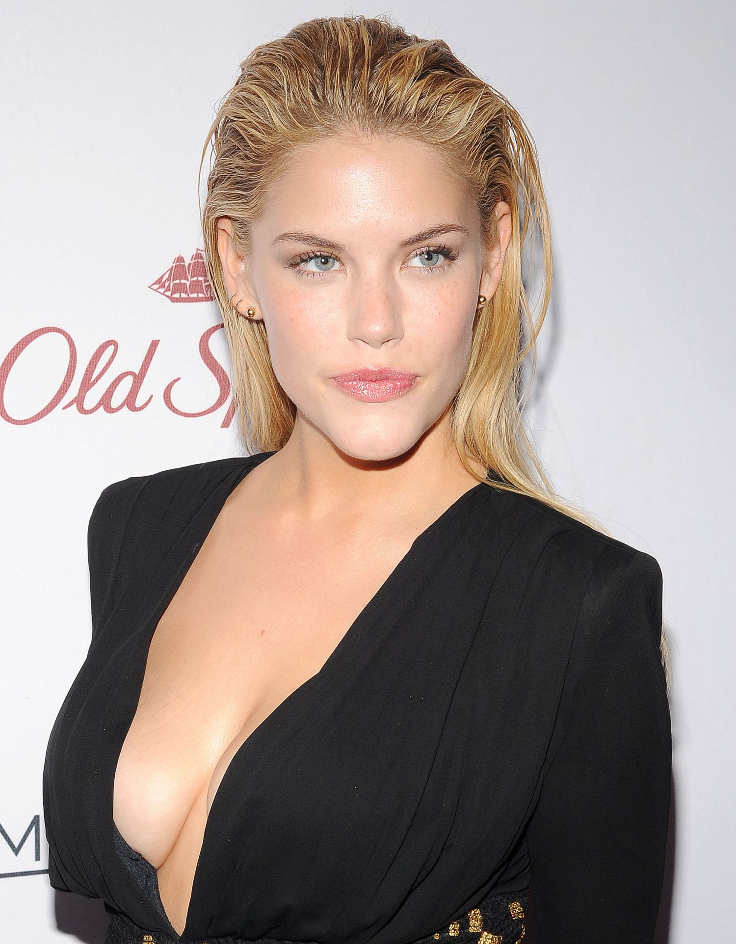 Ashley Smith at 2015 Sports Illustrated Swimsuit Issue Celebration à NYC