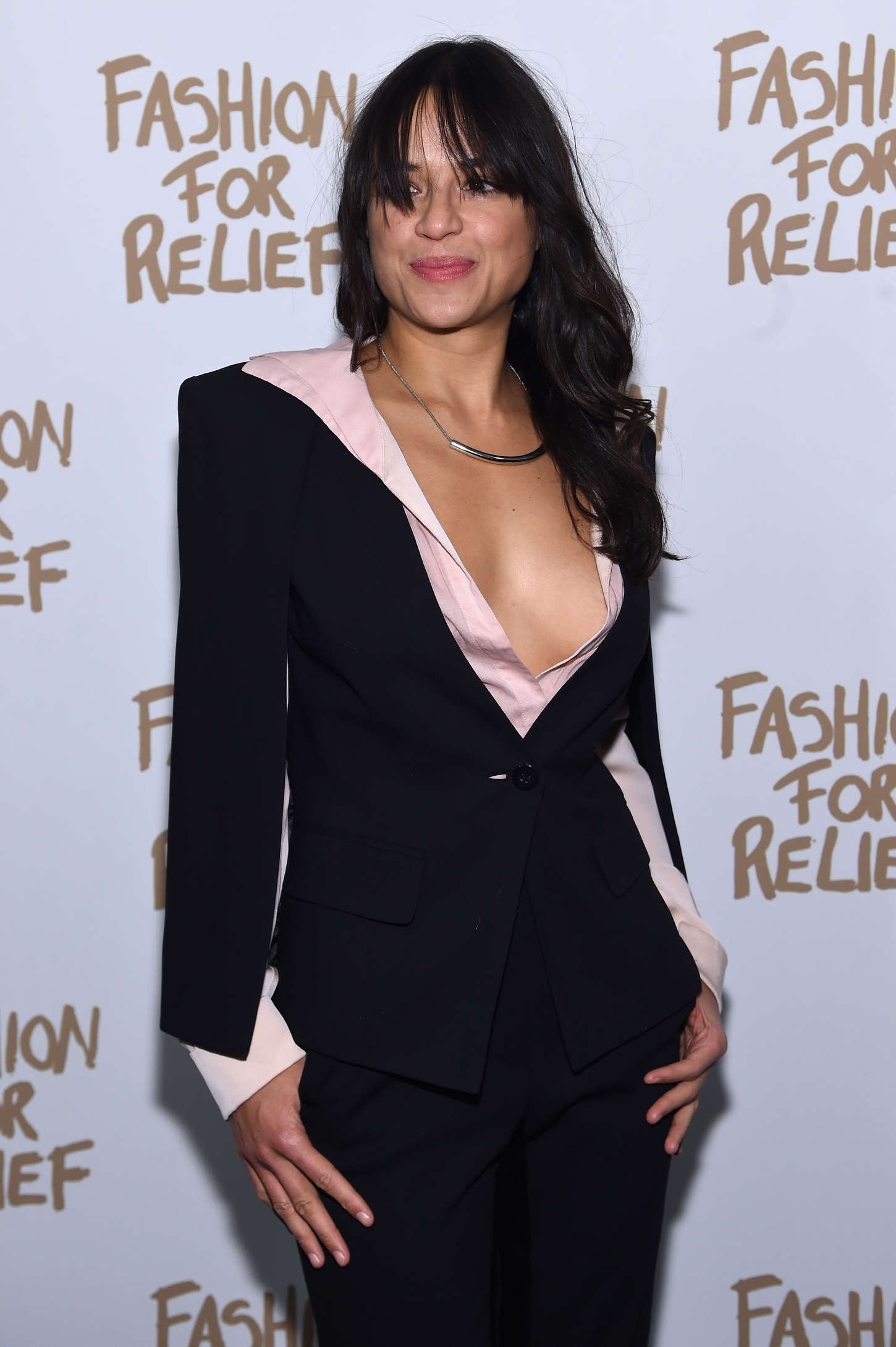 Michelle Rodriguez at Naomi Campbell's Fashion For Relief Charity Fashion Show à NYC