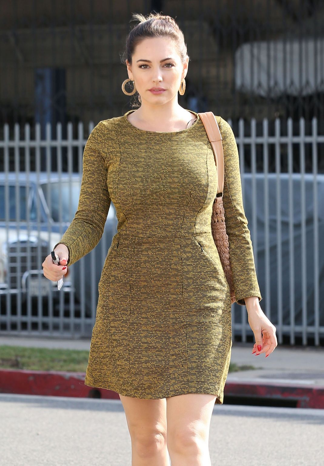 Kelly Brook Out and About àin Santa Monica, California