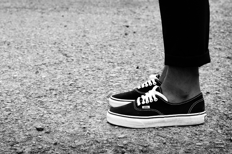 6e4fbd8f9e0b7f Buy vans authentic black and white on feet   50% OFF!